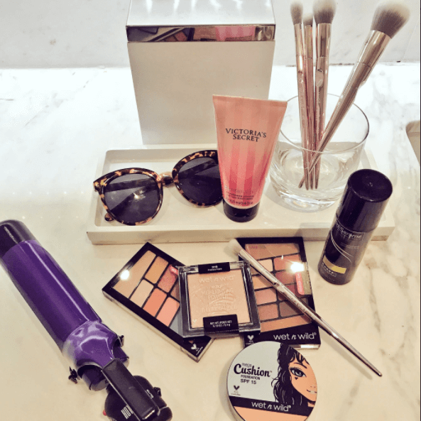 Miami Beauty 20 Flat Lay
