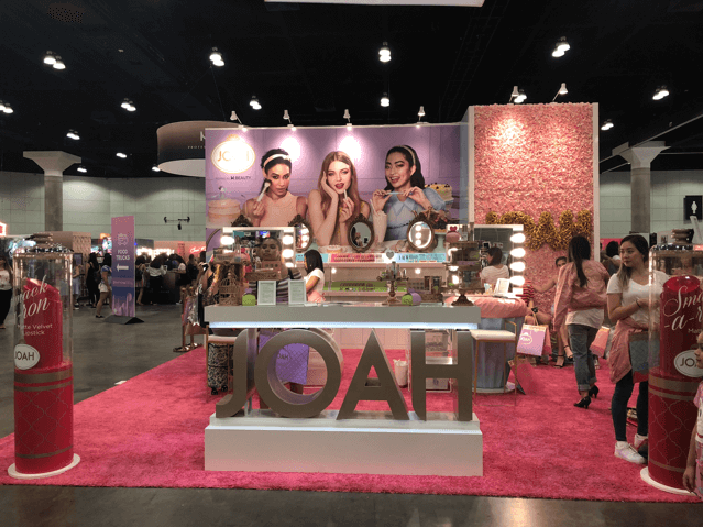 beautycon-2018-joah-booth